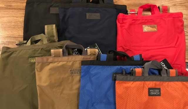 ウクレレ専用バッグではありませんがー。<br /> MYSTERY RANCH & KLETTERWERKSのトートバッグ