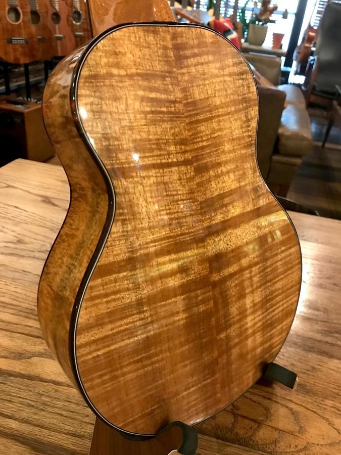 G String ukulele